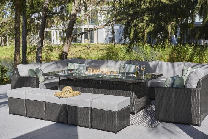 7 Things to Consider Before Purchasing Your Rattan Furniture